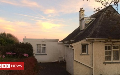 104018017 frontview - Man, 102, stuck on roof in Devon for three days