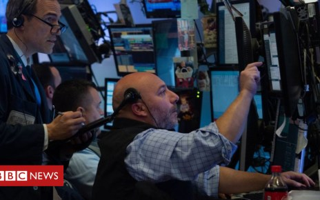 104030872 gettyimages 1052960266 - Wall Street opens higher after volatility