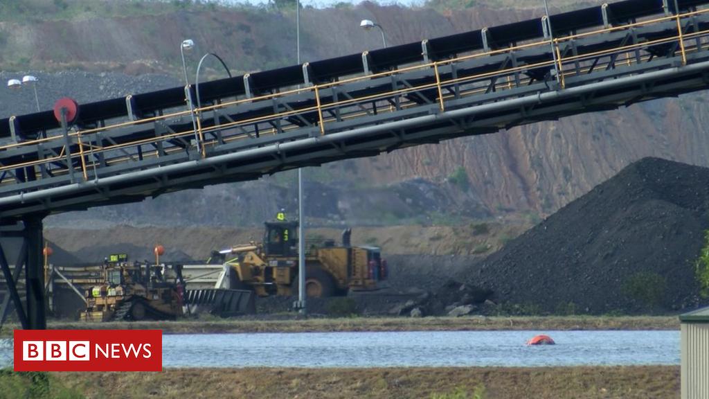 100215708 frame7 - Carmichael project: Visiting Australia's controversial Adani mine
