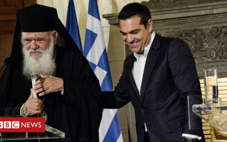 104206496 gettyimages 1058491610 - Greece Church agreement to take 10,000 priests off payroll