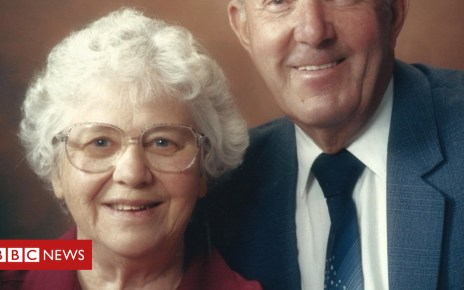 104234441 ronandmaryphoto - Couple spend final hours together on 66th anniversary