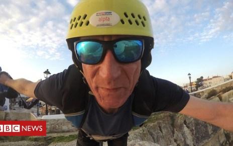 104449264 mediaitem104449263 - Dominik Loyen: German base jumper dies in Portugal jump