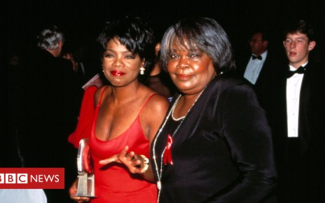 104507348 shutterstock editorial 9993229f huge - Oprah Winfrey pays tribute to late mother Vernita Lee