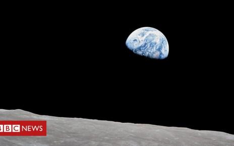 104723964 p06v66pt - How Apollo 8 Astronauts took the famous 'Earthrise' photograph
