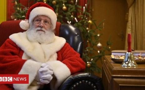 104873548 mediaitem104873547 - Stone-throwing boys join Santa sleigh charity as apology