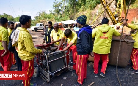104983071 mine2 - Indian miners: Navy divers deployed in rescue bid