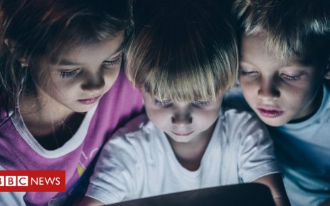 105047688 gettyimages 860653924 - Worry less about children's screen use, parents told