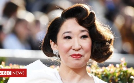 105084462 p06xd7hv - Golden Globes: Sandra Oh and Richard Madden among winners for Killing Eve and Bodyguard