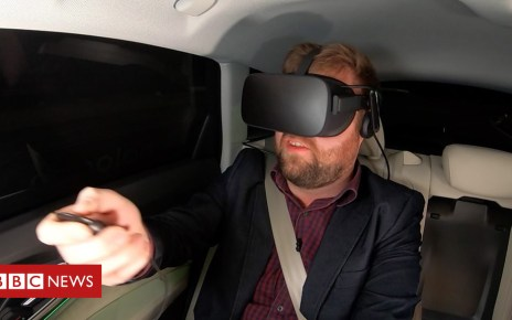 105093493 p06xfxt6 - The backseat VR that moves with the car