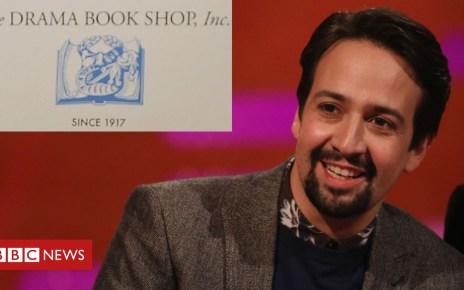 105107293 miranda1 - Lin-Manuel Miranda buys much-loved New York bookshop