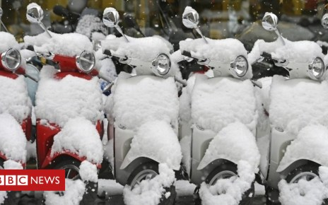 105136549 p06xqq66 - Heavy snow hits parts of Europe