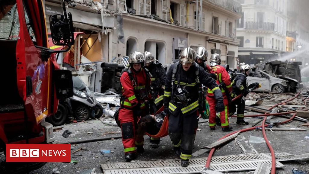 105158490 mediaitem105158488 - Powerful blast shakes street in centre of Paris