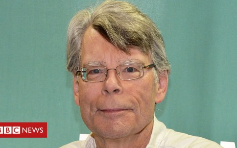 105208550 king1 getty - Stephen King persuades newspaper not to scrap its book reviews