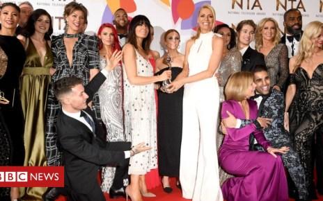 105306866 ae350c17 6dc1 4c04 8e9e 82d905ebe612 - In pictures: Stars at the National Television Awards