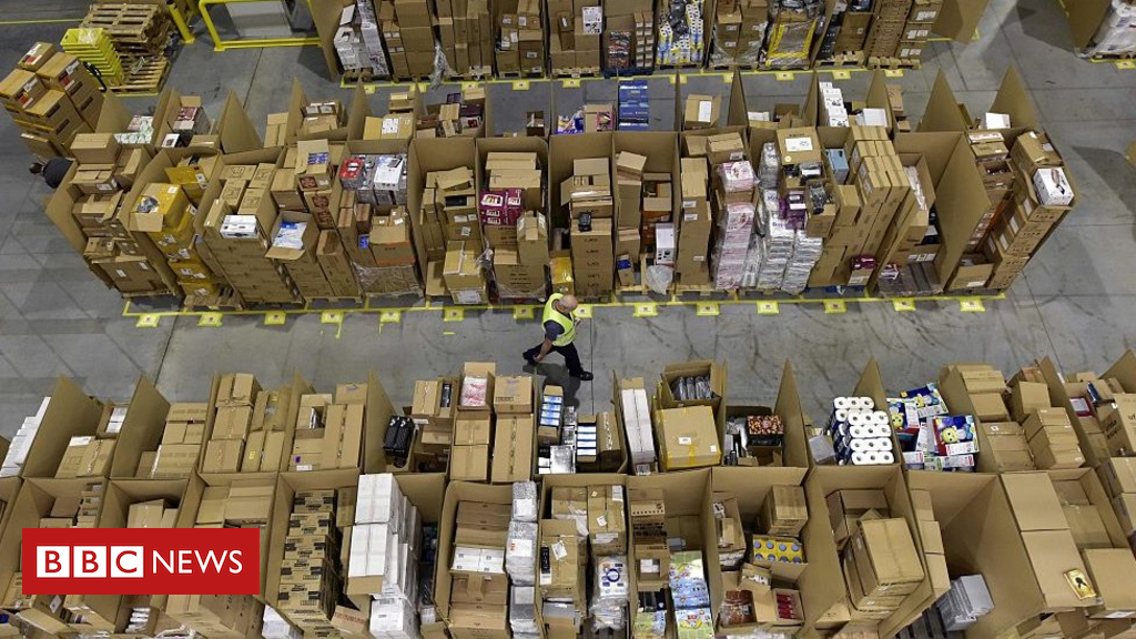 98360153 amazonpackagesgetty - Amazon and eBay evict sellers amid VAT crackdown