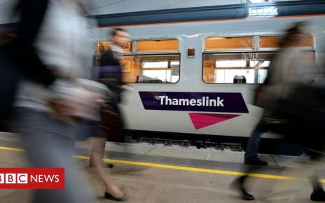 102277278 thameslink pa - Rail franchise model cannot continue, says review chief