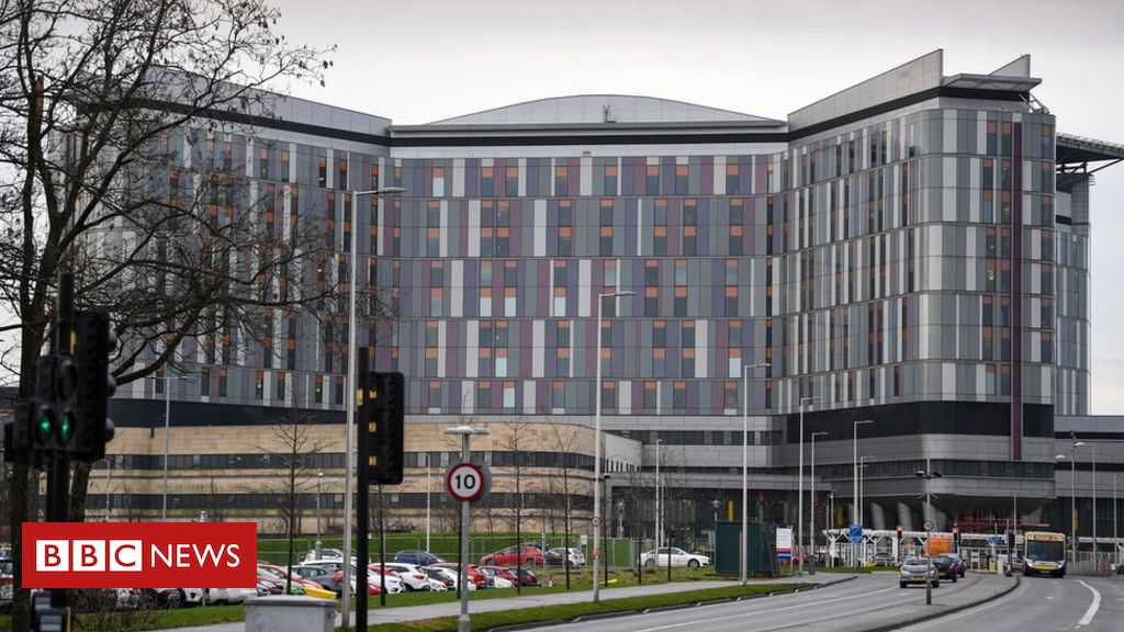 105265148 hi051801690 - Holyrood committee begins Scottish hospital safety inquiry