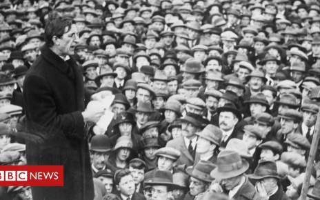 105419847 gettyimages 514689734 - How a fruit cake helped Eamon de Valera escape Lincoln Prison