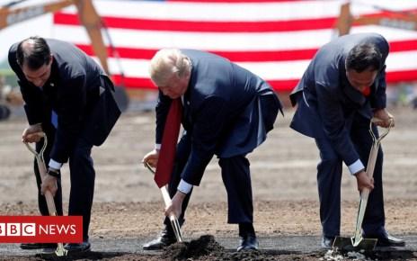 105435795 foxconn2 - Trump pushes Foxconn to clarify US plans
