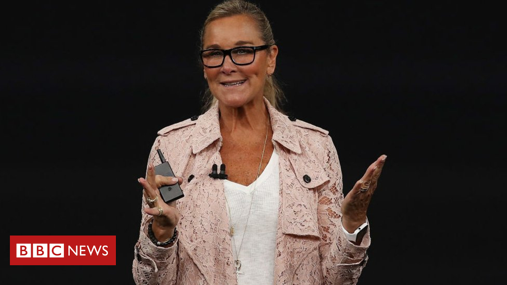 105496043 angelaahrendtsnew - Angela Ahrendts: Former Burberry boss to step down from Apple