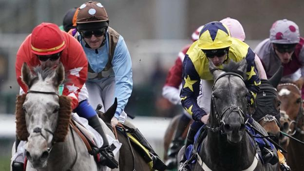 105543601 gettyimages 1127795048 - All British horse racing cancelled on Thursday because of equine flu outbreak
