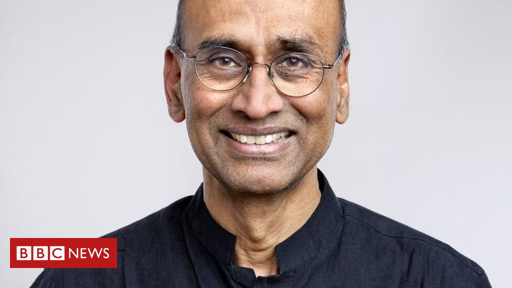 105606675 venki square - Overhaul England's 'narrow' A-levels, says top scientist