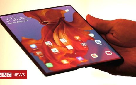 105772698 p071vdcf - Mate X: First look at Huawei's folding phone