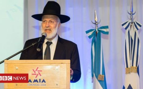 105802294 d0rgylux4aakrrm - Argentina's Chief Rabbi Gabriel Davidovich attacked