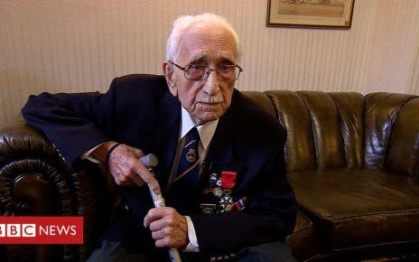 105841776 p0727dyw - D-Day veteran, 95, given Legion d'Honneur
