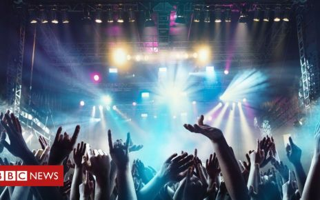105323460 crowdgettyimages 989428992 - Viagogo faces new court action from competition watchdog