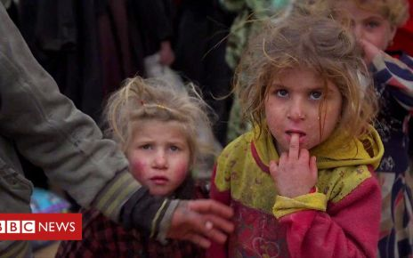 105862419 p072cxf9 - The people fleeing the end of the Islamic State in Syria