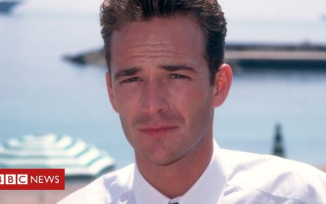 105891710 gettyimages 894755364 1 - Luke Perry fans remember and pay tribute to 'nicest guy'