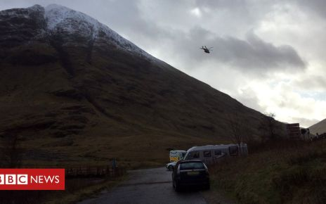 105960985 helicopter - Rescued Glencoe climber dies after hypothermia