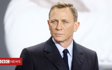 106022240 gettyimages 529179302 - Quiz of the Week: How is Bond going green?