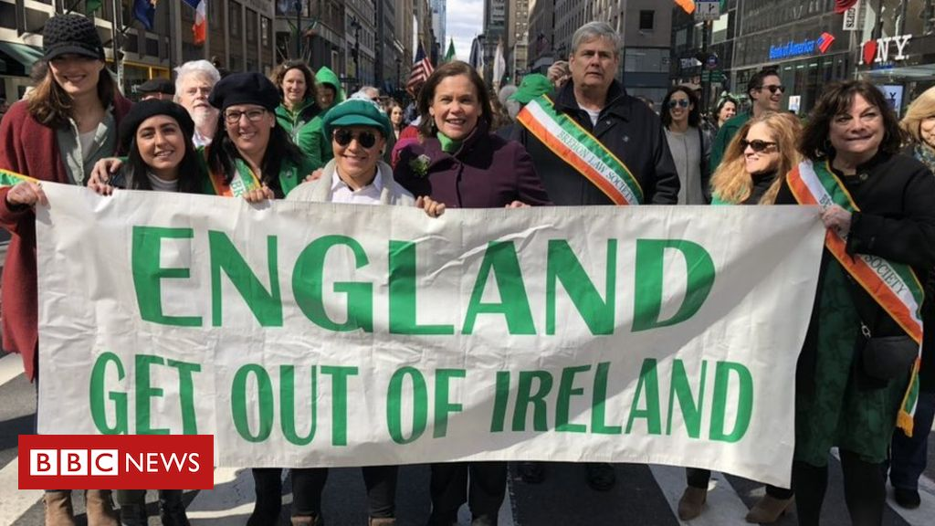 106055664 marylou england - Sinn Féin criticised for 'England get out of Ireland' banner