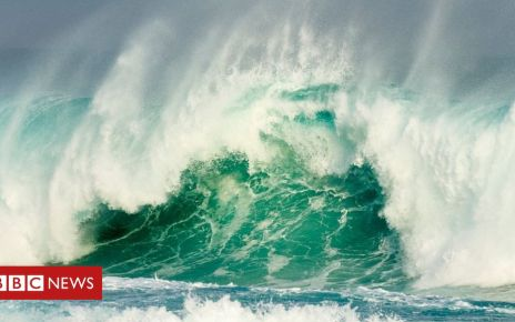 106112794 mediaitem106112793 - Rogue waves occurring less but 'becoming more extreme'