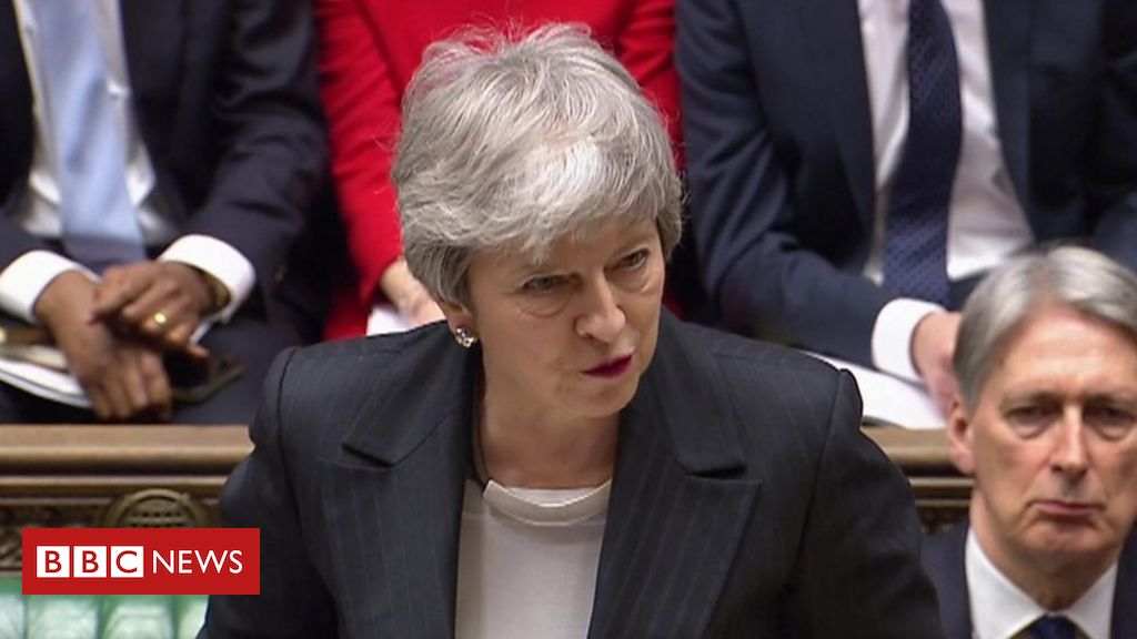 106115534 p07430ls - Brexit: Sterling falls on no-deal worries