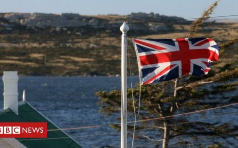 89089369 falklandislandsafpgetty - MPs in renewed attempt to force money laundering crackdown
