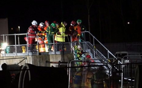 p07416ns - Llanelli rescue after worker gets stuck in 20ft hole