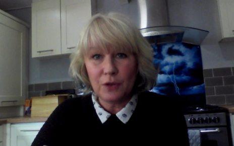 p0742dl0 - Surrey Police investigation over 'misgendering' tweets