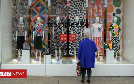 101528869 gettyimages 943318222 - Retail sales boosted by mild March weather