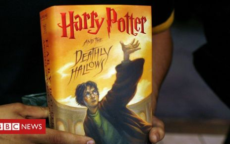 106256569 hpotterbookgetty - Harry Potter books burned by Polish priests alarmed by magic