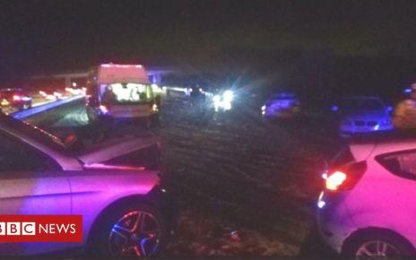 106280072 pileup - M55 'carnage': Freak snowstorm causes 24 vehicle pile-up