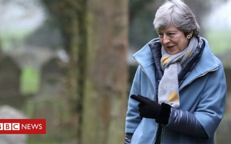 106341188 mayo - Labour expects more Brexit talks as deadline looms