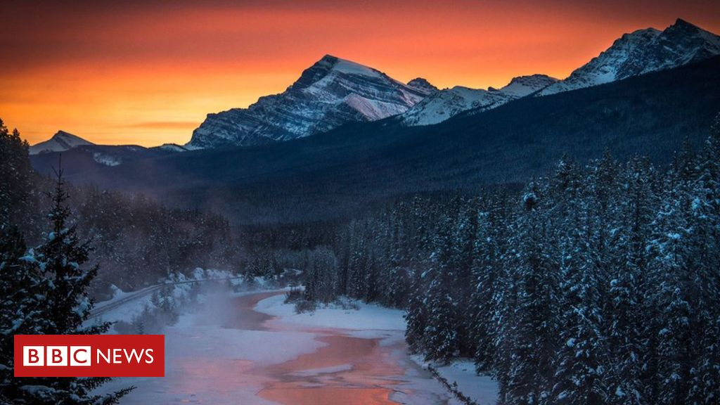 106542563 hi020267230 - Top climbers die in Canadian avalanche