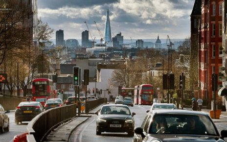 p075ly49 - Ultra Low Emission Zone: London's new pollution charge begins