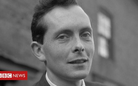 106924010 hi053899353 - Brian Walden: Broadcaster and former Labour MP dies aged 86