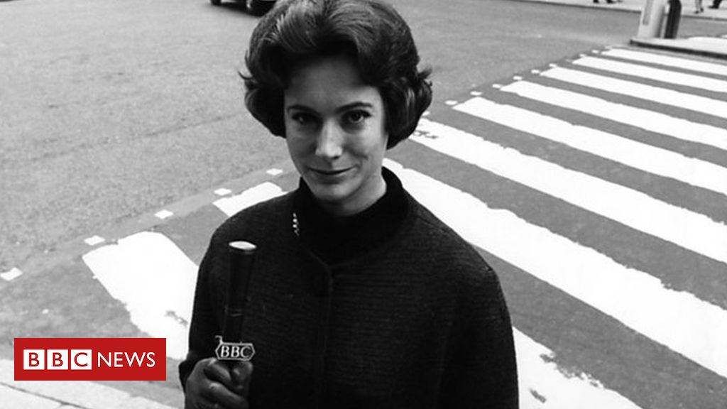 107043145 nanwinton - Nan Winton: First woman to read BBC TV news dies