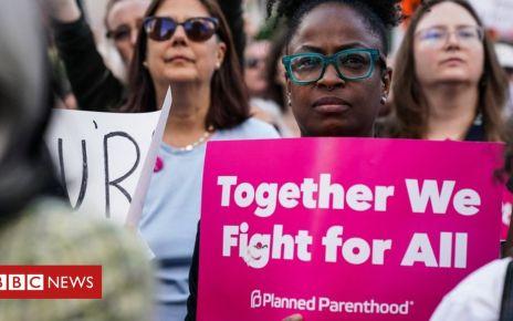 107056838 c350c4a0 9a8a 4f0b 9e61 4c2e476d37fb - In pictures: Protests across US against abortion bans