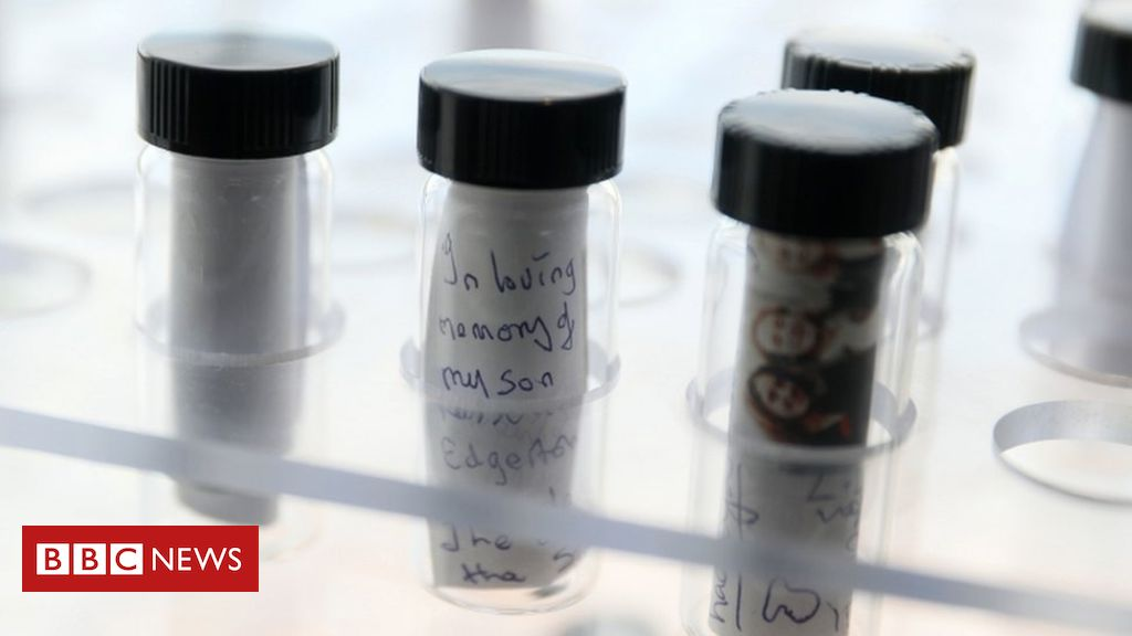 107083438 memoryvial - Contaminated blood inquiry: Extra money 'a matter for the assembly'